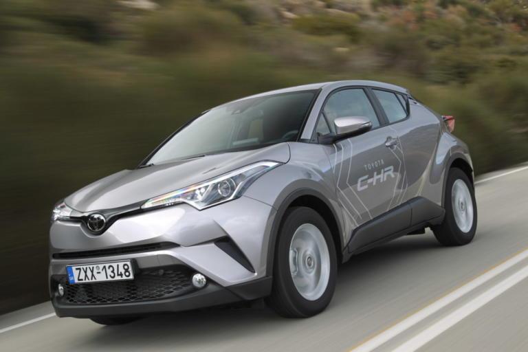 Μόνο υβριδικό το Toyota C-HR | Newsit.gr