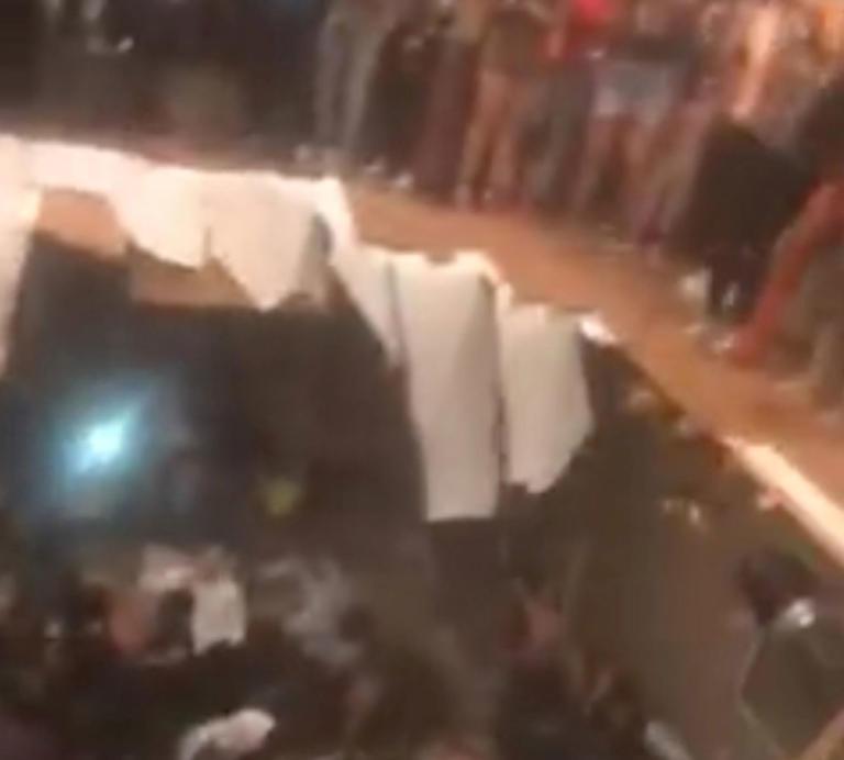 Εικόνες σοκ! Η στιγμή που υποχωρεί το πάτωμα σε κλαμπ γεμάτο κόσμο στη Νότια Καρολίνα! [video]