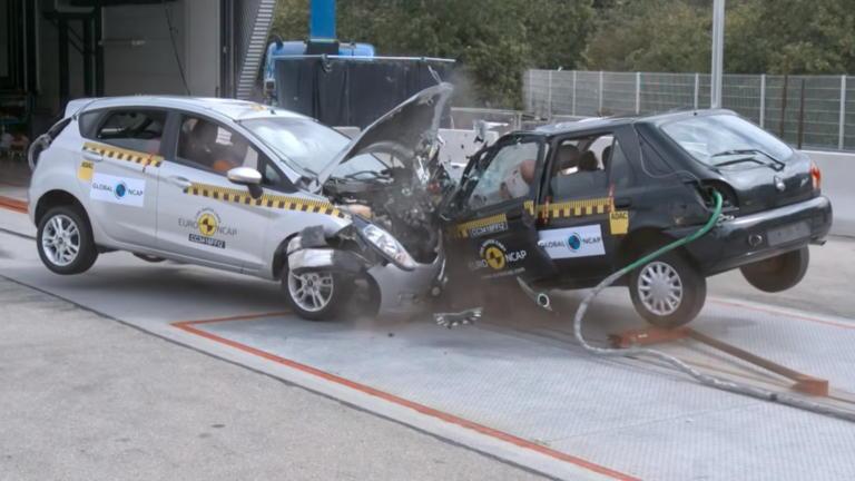 Δυο Ford Fiesta μας δείχνουν πόση πρόοδος έγινε στην παθητική ασφάλεια τα τελευταία 20 χρόνια [vid] | Newsit.gr