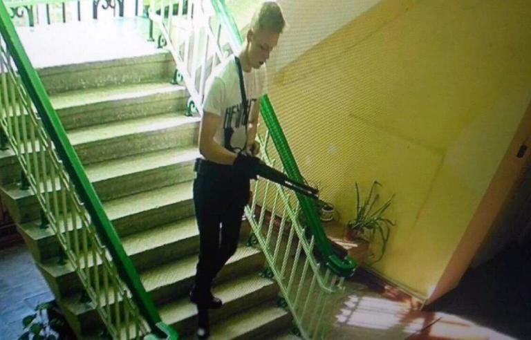 Κριμαία: Αυτός είναι ο μακελάρης; Σκηνές πρωτοφανούς αγριότητας! video, pics   Newsit.gr