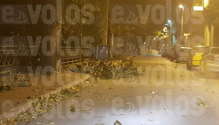 Νύχτα θρίλερ στο Βόλο με δυνατό αέρα και χωρίς ρεύμα | Newsit.gr