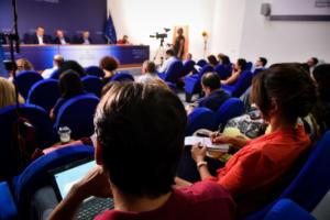 Παρέμβαση της Ξένης Δημητρίου για τις επιθέσεις κατά δημοσιογράφων