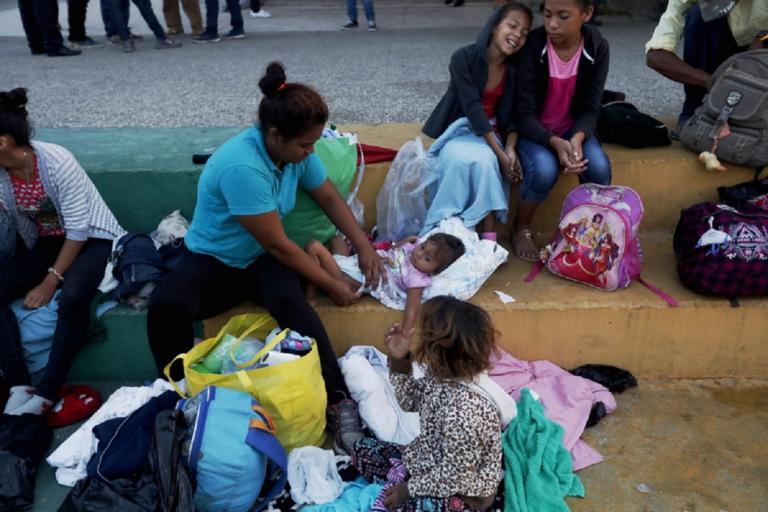 Νέο καραβάνι μεταναστών αναχώρησε από το Ελ Σαλβαδόρ προς τις ΗΠΑ! | Newsit.gr