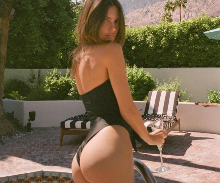Η Εmily Ratajkowski… ξαναχτυπά με σέξι φωτογραφίες στην πισίνα πίνοντας σαμπάνια! [pics]   Newsit.gr