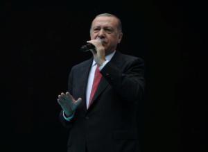 Δυναμιτίζει το κλίμα ο Ερντογάν με νέες απειλές: Θα πάρουμε μέτρα στην Μεσόγειο αν χρειαστεί