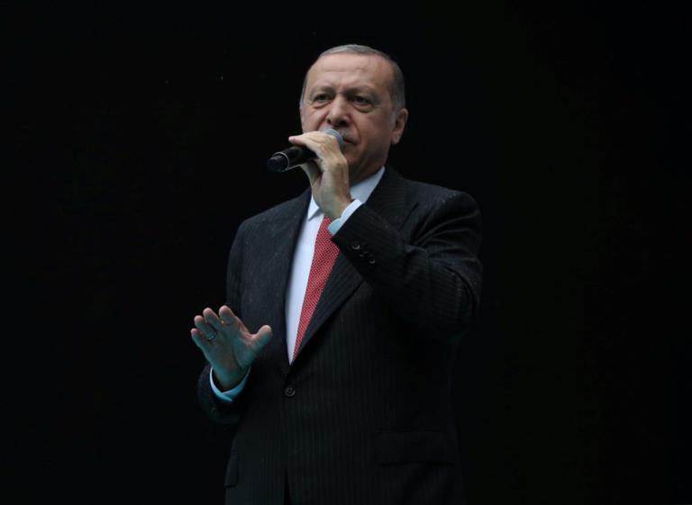 Δυναμιτίζει το κλίμα ο Ερντογάν με νέες απειλές: Θα πάρουμε μέτρα στην Μεσόγειο αν χρειαστεί | Newsit.gr
