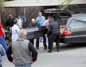 Ηράκλειο: Μπήκε στην καφετέρια και σκότωσε την πρώην κουνιάδα του – Την έσφαξε και την άφησε να ξεψυχήσει – video