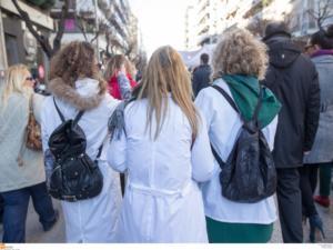 Απεργία στην περιφέρεια και στάση εργασίας στην Αττική για τους νοσοκομειακούς γιατρούς
