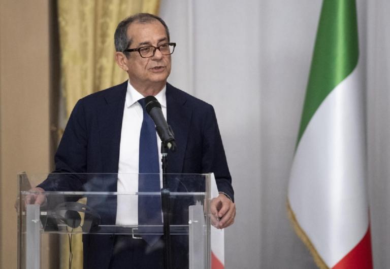 Επιμένουν οι Ιταλοί – Το έλλειμμά μας είναι περιορισμένο λέει ο Τζιοβάνι Τρία | Newsit.gr