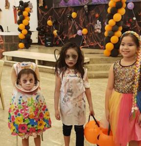 Halloween και στις Φιλιππίνες! Το απίστευτο κοστούμι μιας πιτσιρίκας [video]