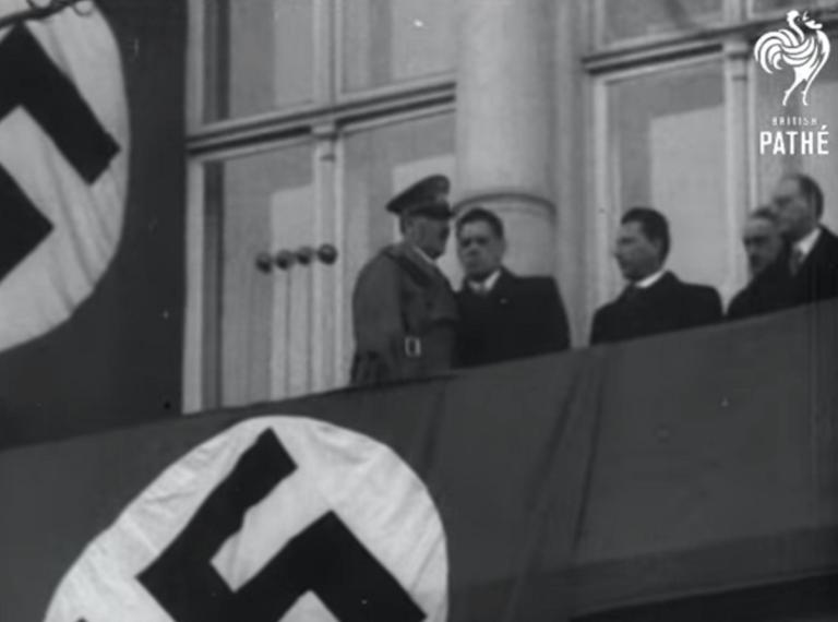 Χίτλερ… out! Απαιτούν κατεδάφιση του ιστορικού μπαλκονιού στην Αυστρία! video, pics | Newsit.gr
