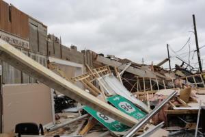 """Φλόριντα: Πάνω από 1.000 αγνοούμενοι από το """"φονικό"""" πέρασμα του τυφώνα Μάικλ"""