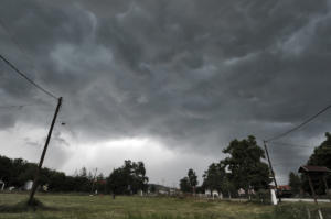 Καιρός – Αρνιακός: Η Τρίτη θα είναι η χειρότερη μέρα του «Ορέστη»