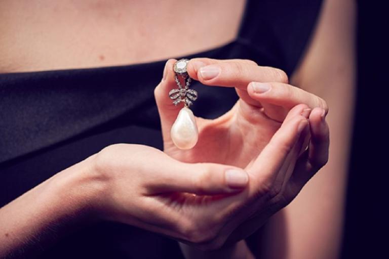 Στο σφυρί τα κοσμήματα που άνηκαν στη Μαρία Αντουανέτα! | Newsit.gr