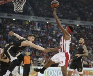 Euroleague: Με ελληνικό χρώμα το Top 10 της τρίτης αγωνιστικής! Μέσα κι ο Τζέιμς – video