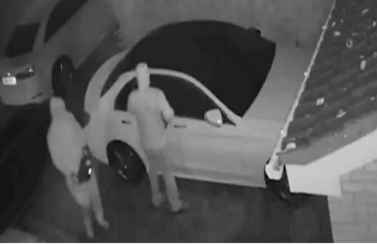Ληστές… «hi-tech» – Πώς κλέβουν πολυτελή αυτοκίνητα τελευταίας τεχνολογίας με ένα «κλικ» – video