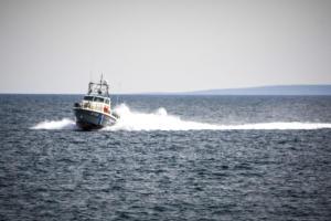 Κρήτη: Στο λιμάνι του Ηρακλείου το ύποπτο πλοίο – Εξονυχιστικοί έλεγχοι για ναρκωτικά