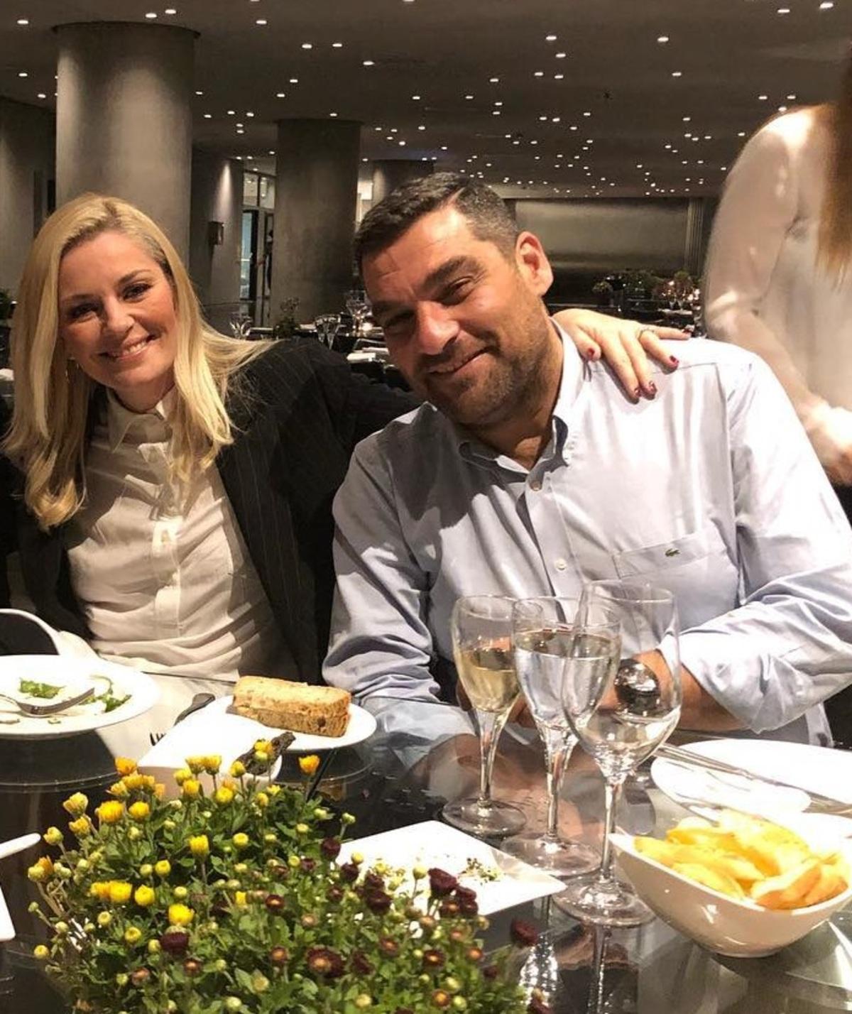 Ελισάβετ Μουτάφη – Μάνος Νιφλής: Με ποιον δείπνησε το νιόπαντρο ζευγάρι, με θέα την Ακρόπολη; [pics] | Newsit.gr