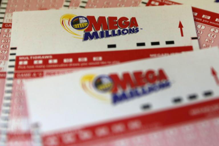 Mega Millions: Αυτό είναι τζακ ποτ!  Σκαρφάλωσε στα 1,6 δισ δολάρια! | Newsit.gr