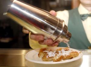 Πήλιο: Αποζημίωση 7.100 ευρώ σε ιδιοκτήτη ζαχαροπλαστείου – Οι εικόνες από το κατάστημά του που προκάλεσαν αίσθηση [pics]
