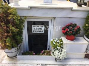 Το μήνυμα του μακαρίτη σε νεκροταφείο που θα γίνει viral