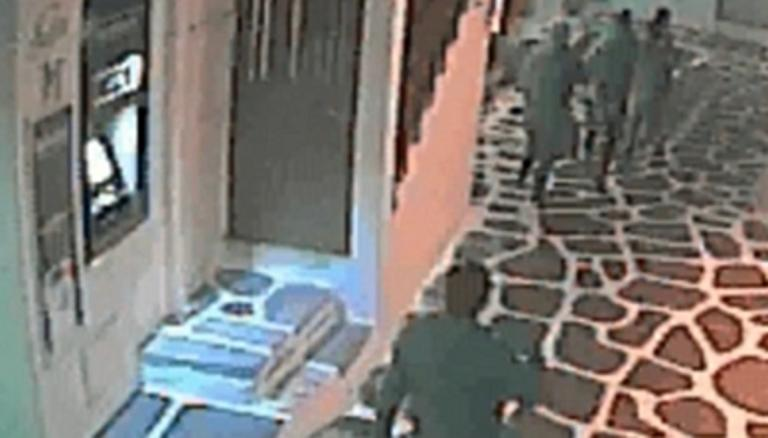 Μύκονος: Το ντοκουμέντο άγριου ξυλοδαρμού για τον οποίο κατηγορούνται αστυνομικοί – video   Newsit.gr