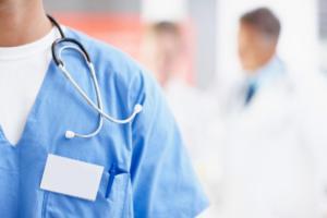 Νοσοκομειακοί γιατροί: Περιύβριση νεκρού οι χειροπέδες στον Ζακ Κωστόπουλο ενώ ήταν νεκρός