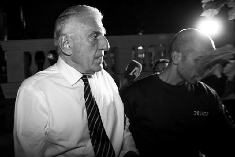 Γιάννος Παπαντωνίου: Γράφει βιβλίο στη φυλακή – Η πρώτη νύχτα στον Κορυδαλλό | Newsit.gr