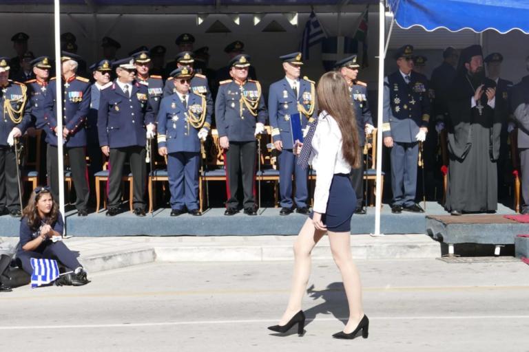 Λάρισα: Κοσμοσυρροή στην παρέλαση – Το μήνυμα του Παναγιώτη Ρήγα προς την Άγκυρα – video | Newsit.gr