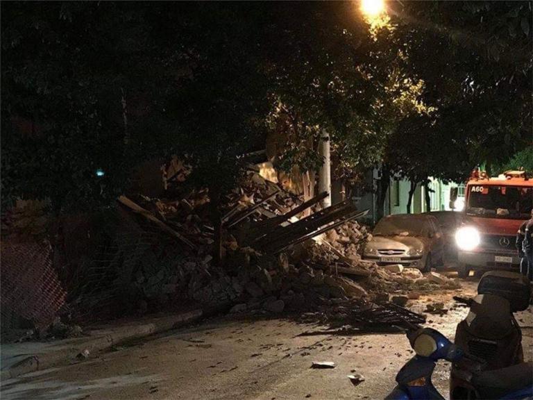 Κατέρρευσε κτίριο στον Πειραιά! Φωτογραφίες από το σημείο | Newsit.gr