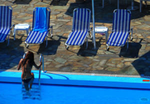 Κρήτη: Το large ζευγάρι που έκανε διακοπές έκρυβε μια απάτη 300.000 ευρώ – Άνετοι, ευγενικοί και παμπόνηροι!