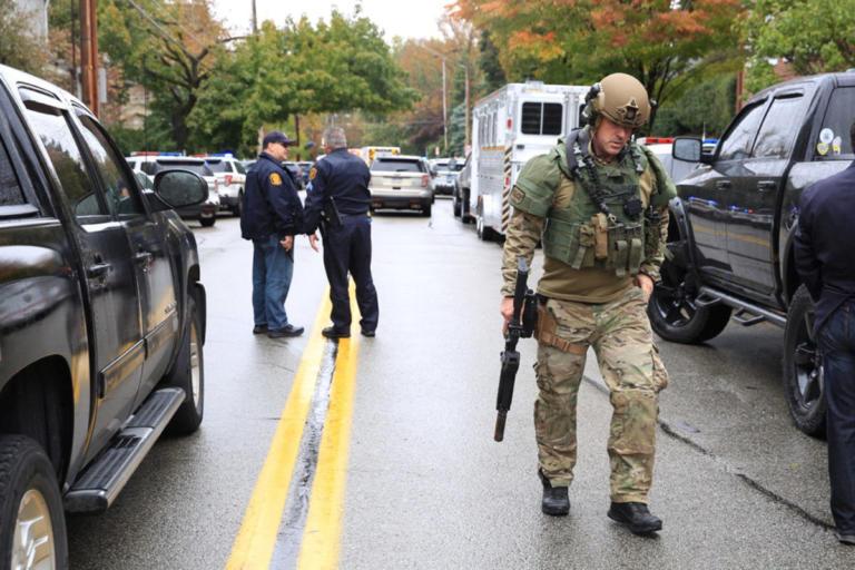 Συναγερμός στο Πίτσμπουργκ των ΗΠΑ: Άγνωστος άνοιξε πυρ σε συναγωγή | Newsit.gr
