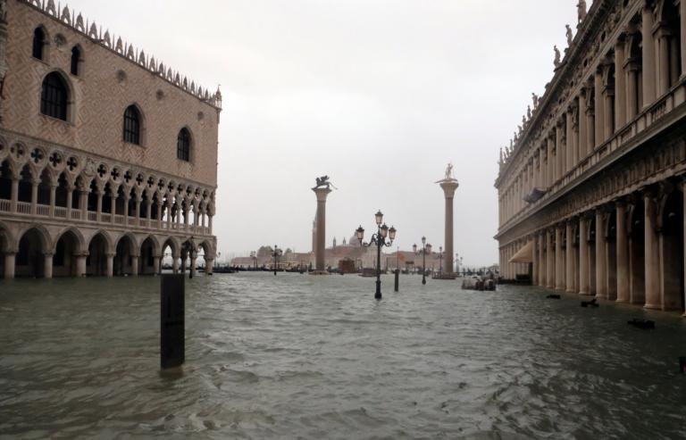 Ιταλία: 11 οι νεκροί από την φονική κακοκαιρία! Συγκλονιστικές εικόνες | Newsit.gr