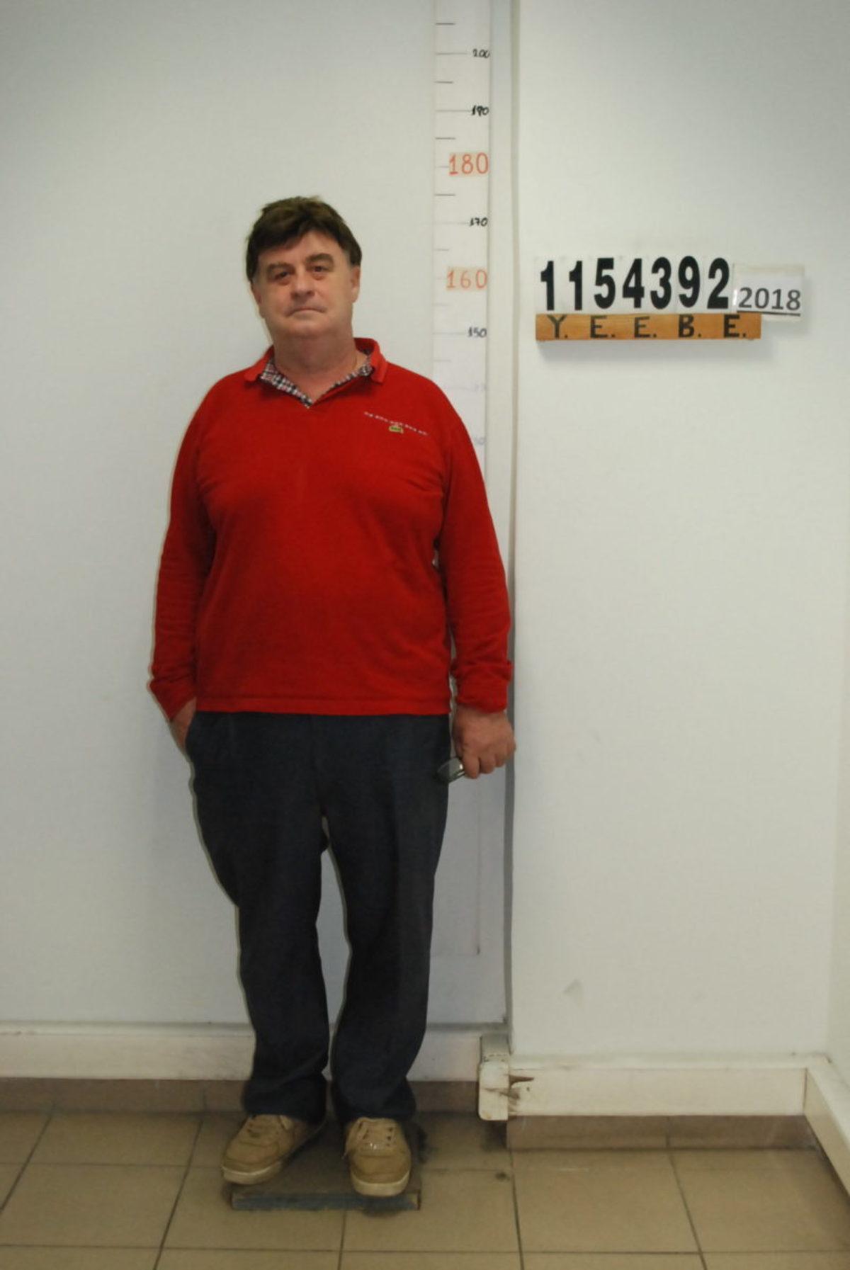 se2 - Αυτός είναι ο καθηγητής «Φακελάκης» στις Σέρρες – Φωτογραφίες και των φερόμενων ως συνεργών του
