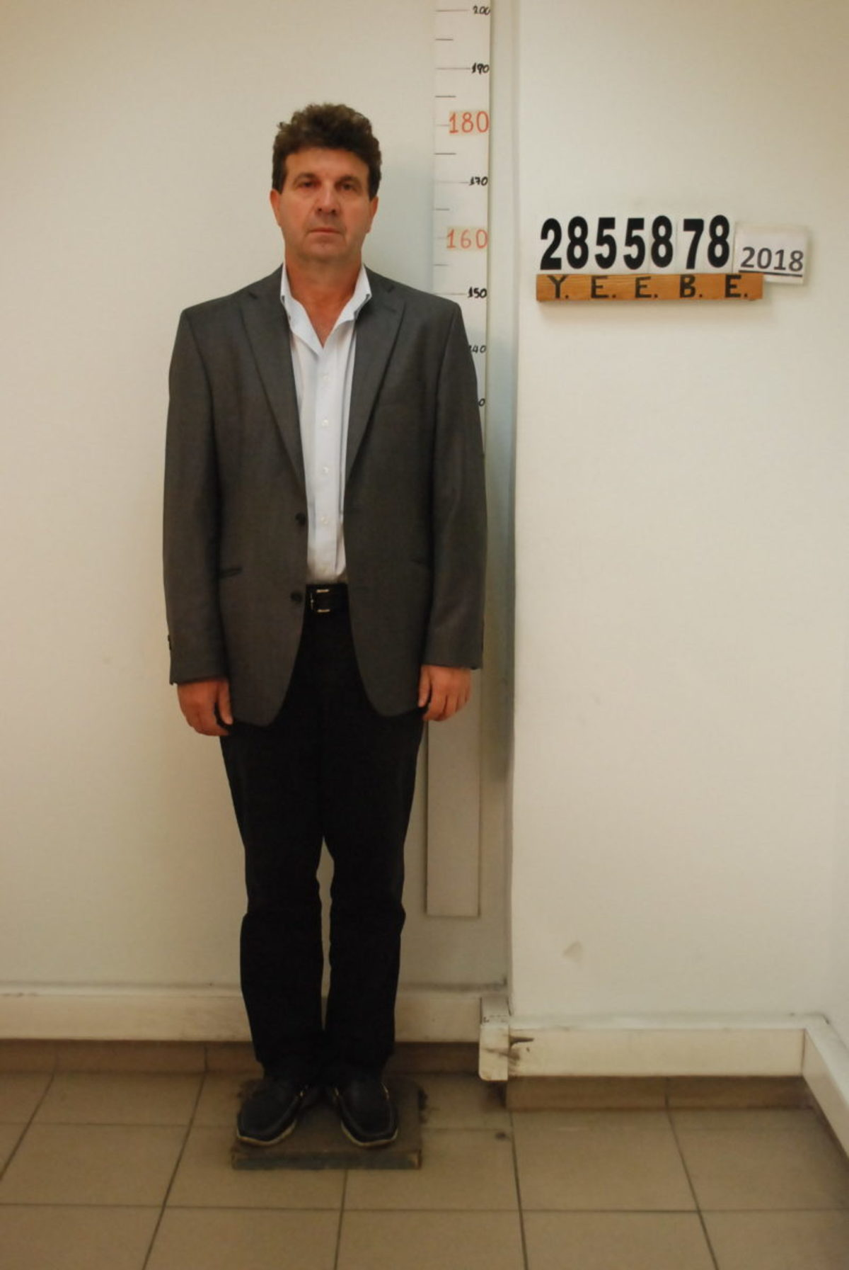 se4 - Αυτός είναι ο καθηγητής «Φακελάκης» στις Σέρρες – Φωτογραφίες και των φερόμενων ως συνεργών του