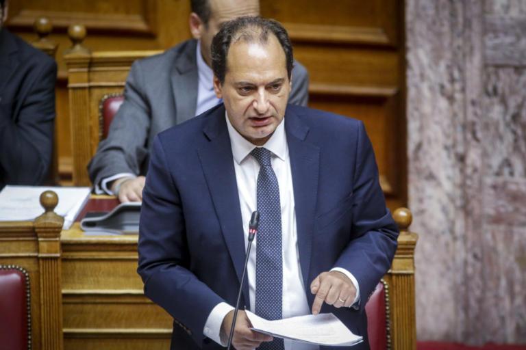Στην γέφυρα Κοράκου ο Χρήστος Σπίρτζης εν'όψει της αναστήλωσης της | Newsit.gr