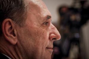 Επιμένει ο Σταθάκης – «Δεν θα γίνουν περικοπές στις συντάξεις»