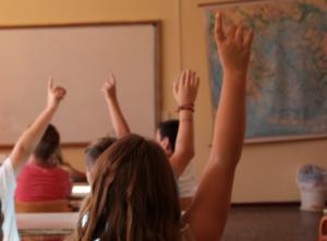 Θεσσαλονίκη: Ξυλοδαρμοί και bullying πίσω από την «επίθεση» με λεπίδα από ξύστρα σε σχολείο – Το συγκλονιστικό κείμενο πατέρα!