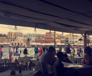 Κρήτη: Παντός καιρού για τους τουρίστες – Συνεχίζονται οι Φθινοπωρινές αφίξεις από κάθε γωνιά του κόσμου [pics]