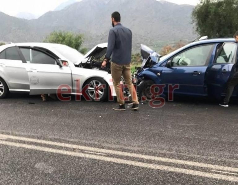 Κρήτη: Τροχαίο με 5 τραυματίες! Ανάμεσά τους και παιδάκι [pics] | Newsit.gr