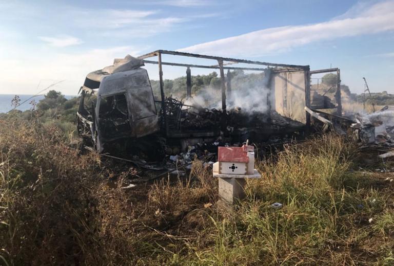 Καβάλα: Ασύλληπτη τραγωδία με 11 νεκρούς σε τροχαίο δυστύχημα – Εικόνες σοκ στο σημείο – Δάκρυσαν οι διασώστες [pics] | Newsit.gr