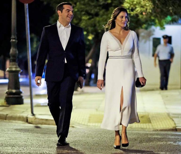 Το post του Αλέξη Τσίπρα με την (εντυπωσιακή) Μπέτυ Μπαζιάνα στο instagram [pic] | Newsit.gr