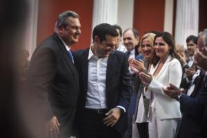 """Πάνος Καμμένος: """"Ρελάνς"""" στην κριτική ΣΥΡΙΖΑ με… tweets """"φωτιά"""" και συνέντευξη στην ΕΡΤ"""