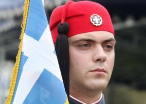 Θεσσαλονίκη: Η μεγάλη στρατιωτική παρέλαση και οι φωνές διαμαρτυρίας – Φρούριο η παραλιακή λεωφόρος!
