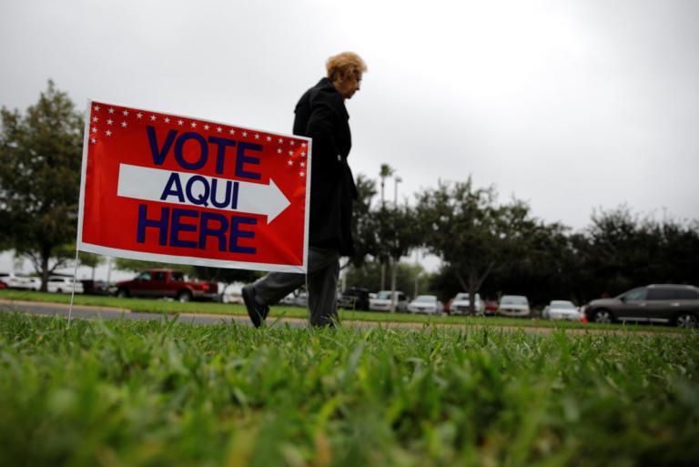 Αποφασισμένοι να περάσουν «θηλιά» στον Τραμπ οι Δημοκρατικοί εάν κερδίσουν τις «ενδιάμεσες» εκλογές