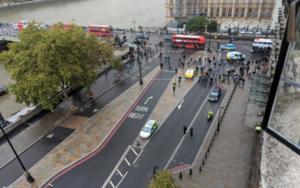 Συναγερμός στο Λονδίνο! Ύποπτο αντικείμενο έξω από το βρετανικό κοινοβούλιο