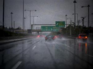 Καιρός: Ξεκινά η εβδομάδα… του Ορέστη – Χιόνια, καταιγίδες, δυνατοί άνεμοι και πτώση της θερμοκρασίας