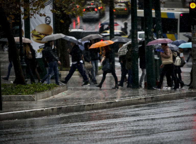 Καιρός: Κυριακή με βροχές και πτώση της θερμοκρασίας   Newsit.gr