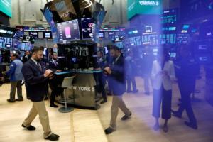 Χρηματιστήριο: «Βουλιάζει» για δεύτερη μέρα η Wall Street!
