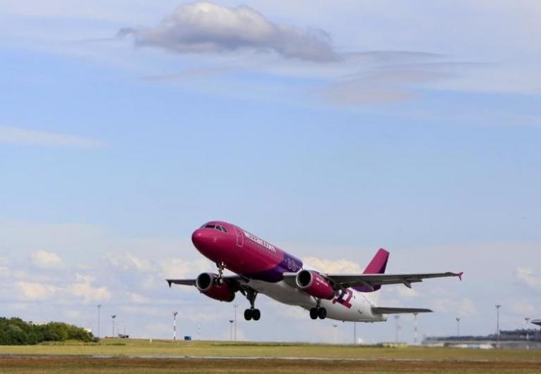 Τρόμος στον αέρα! Απειλή για βόμβα σε αεροπλάνο | Newsit.gr